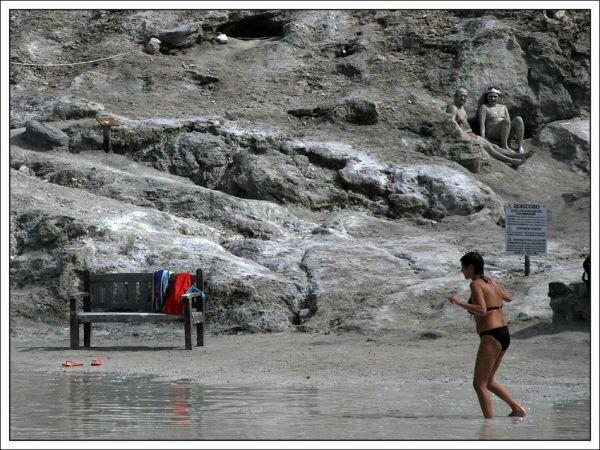 Остров Вулкано. Грязевые ванны