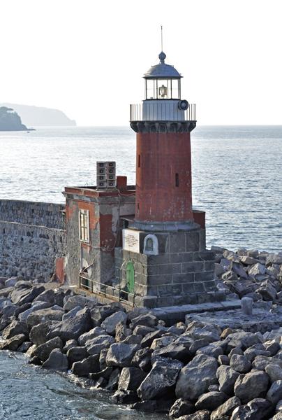маяк, прощаемся с островом:)