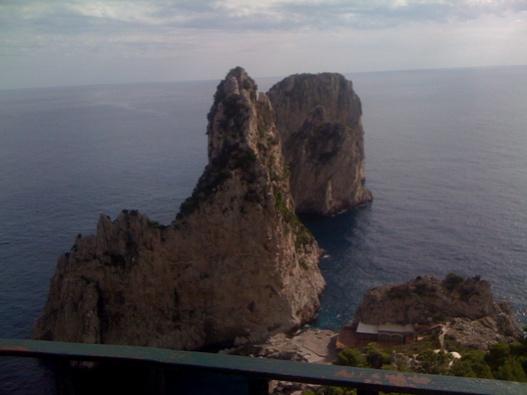 http://mia-italia.com/sites/default/files/Capri3.jpg