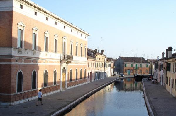 http://mia-italia.com/sites/default/files/Comacchio-1.jpg