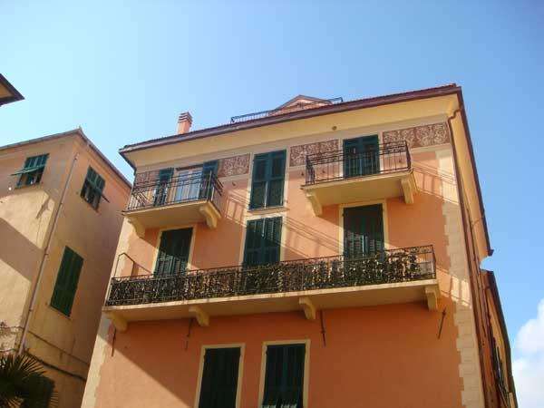 Традиционные цвета лигурийских домов...