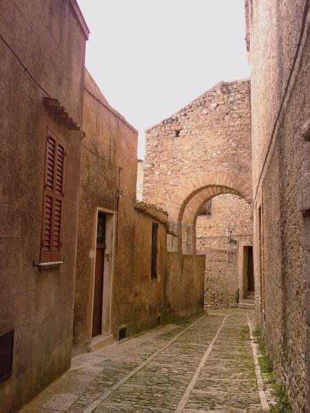 http://mia-italia.com/sites/default/files/IMAGE_050.jpg
