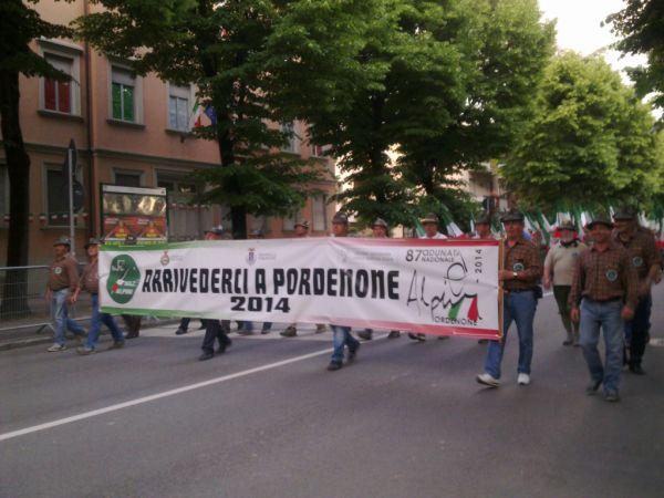 А вот группе из Pordenone пришлось второй поучастовать, как приглашающим на след. год :)