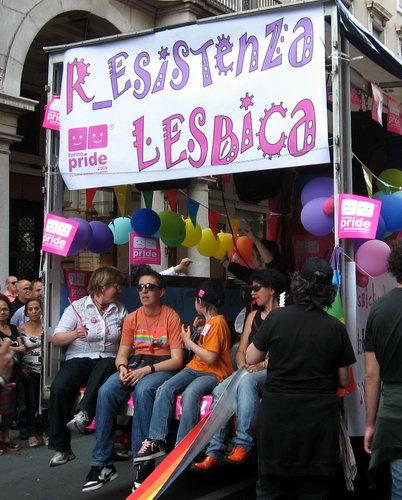 https://mia-italia.com/sites/default/files/Lesbica.jpg