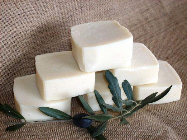 Мыло из оливкового масла (100%-ое).