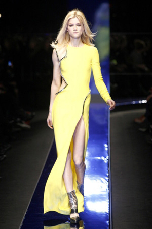 http://mia-italia.com/sites/default/files/Versace 4.jpg