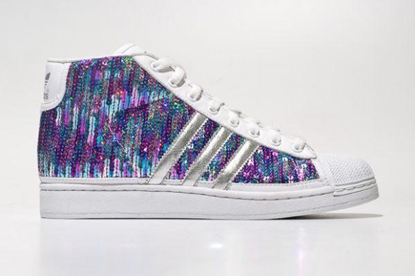 https://mia-italia.com/sites/default/files/adidas-originals-jeremy-scott-js-sequin-sneakers-5.jpg