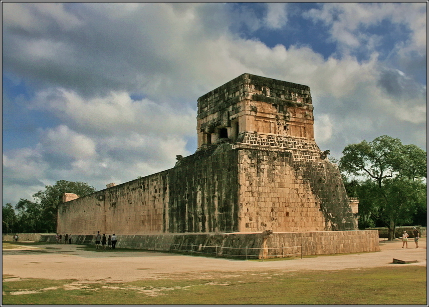 https://mia-italia.com/sites/default/files/allenatore/chichen-itza/29P1J.jpg