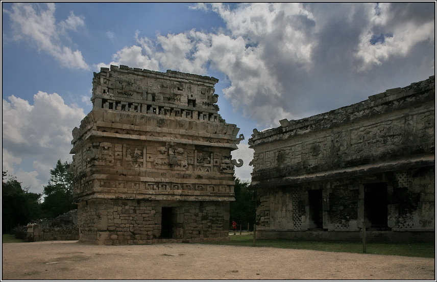 http://mia-italia.com/sites/default/files/allenatore/chichen-itza/qjeZ7.jpg