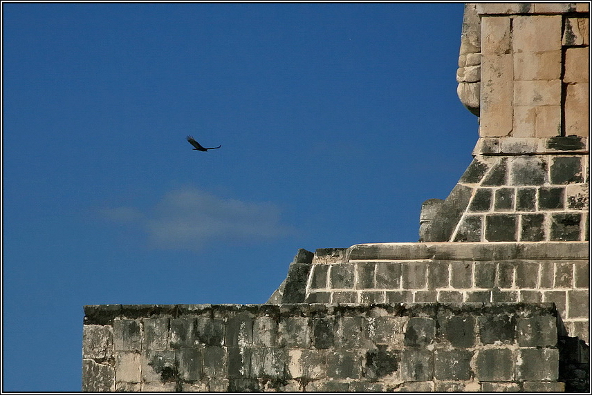 http://mia-italia.com/sites/default/files/allenatore/chichen-itza/rJ1nx.jpg
