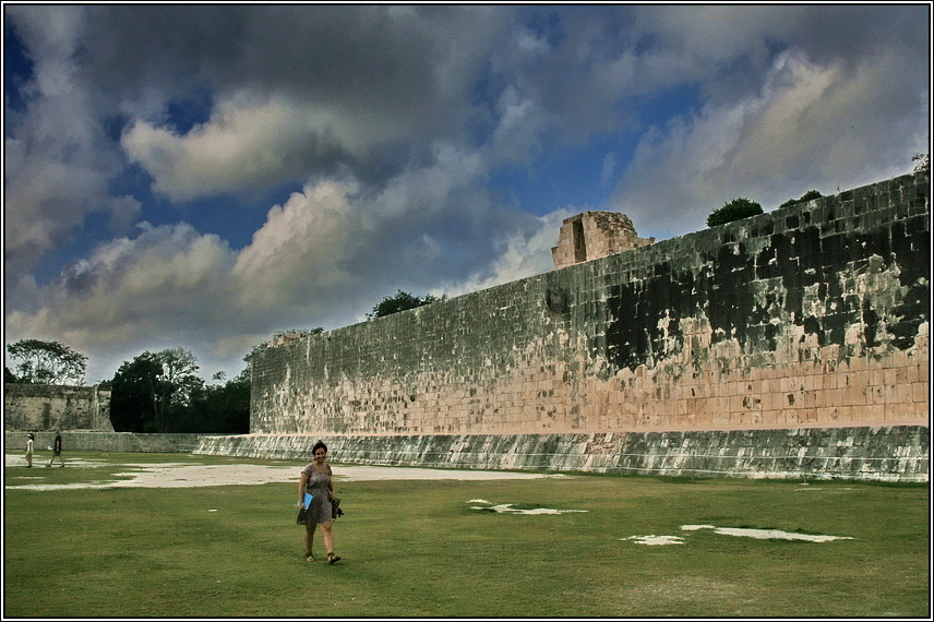 http://mia-italia.com/sites/default/files/allenatore/chichen-itza/scrWZ.jpg