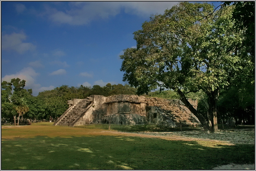 http://mia-italia.com/sites/default/files/allenatore/chichen-itza/u6ZSA.jpg