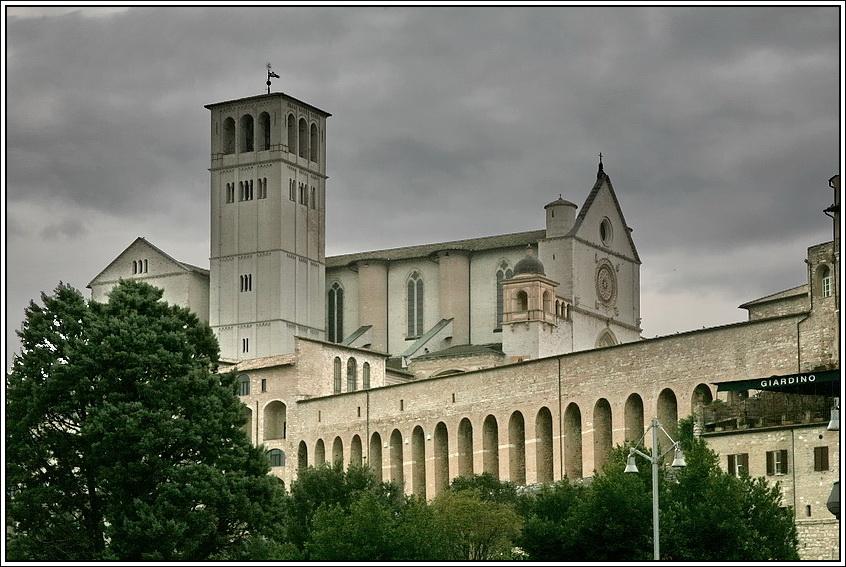 https://mia-italia.com/sites/default/files/allenatore/san-francesco/cJjlF.jpg