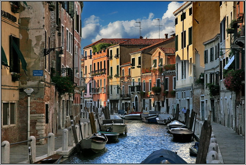 http://mia-italia.com/sites/default/files/allenatore/venice/8qUwe.jpg