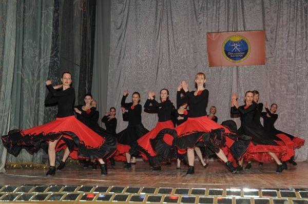 https://mia-italia.com/sites/default/files/flamenco3.jpg