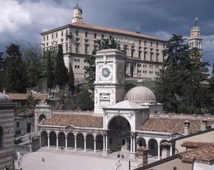 http://mia-italia.com/sites/default/files/musei-civici-castello-di-udine.jpg