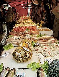 n150_italy_venice_fish_market_byvalerygorbov-02.jpg