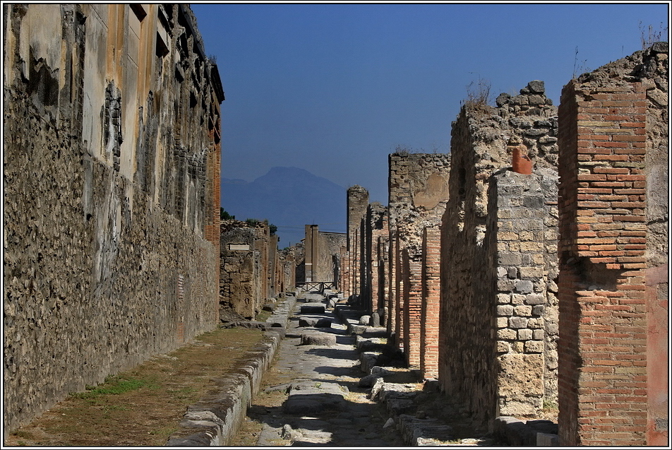 https://mia-italia.com/sites/default/files/pompei/WSMHR.jpg