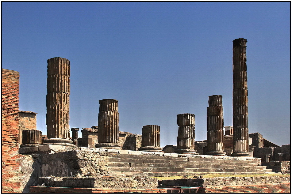 https://mia-italia.com/sites/default/files/pompei/niI4R.jpg