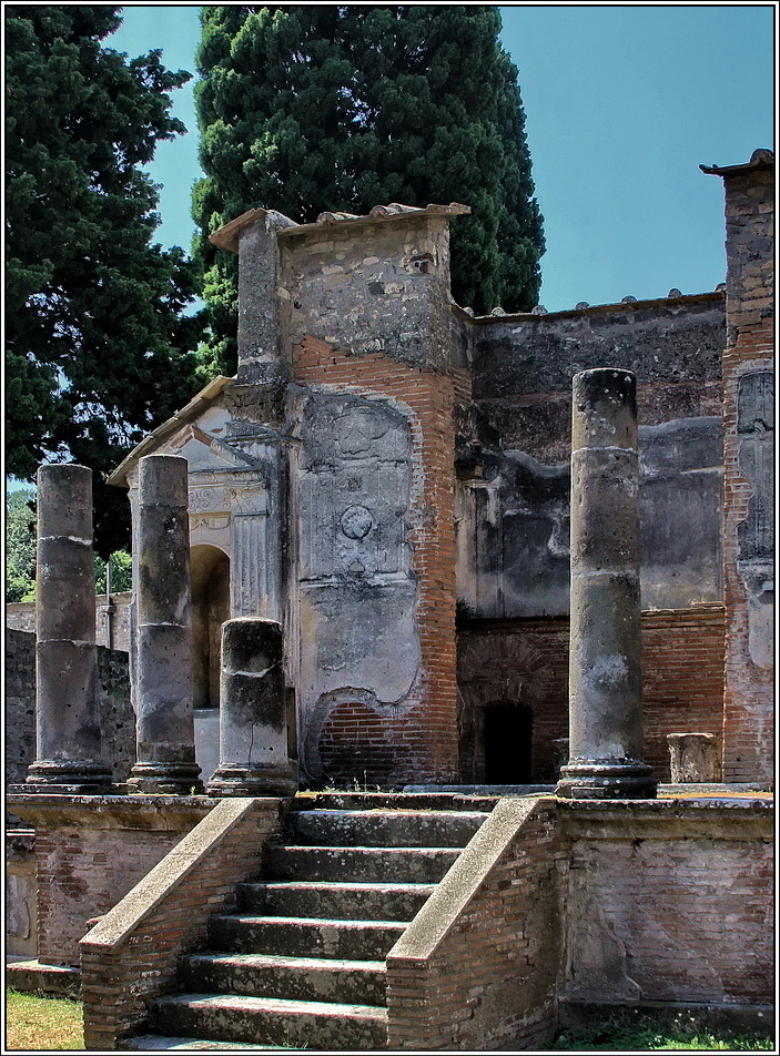 https://mia-italia.com/sites/default/files/pompei/vdfNJ.jpg