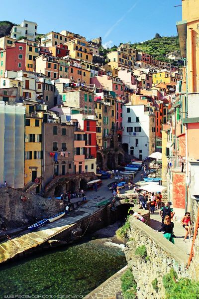 http://mia-italia.com/sites/default/files/riomaggiore1_0.jpg