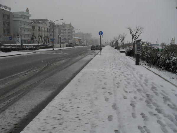 http://mia-italia.com/sites/default/files/snowinrimini5.jpg